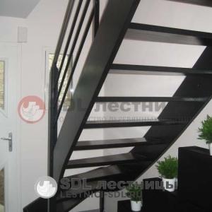 escalier_peint_main_courante_inox_brosse_de_40_mm_2