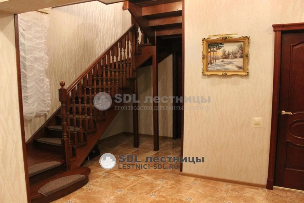 Лестничные столбы и балясины фото высокое качество